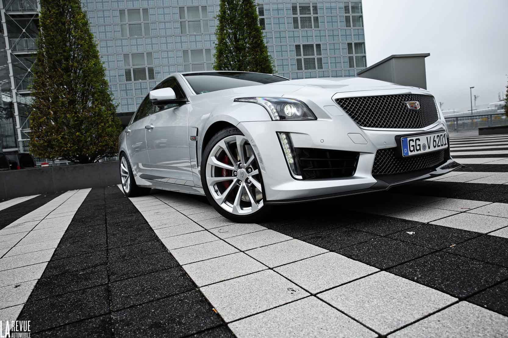 Exterieur_Cadillac-CTS-V-2015_10