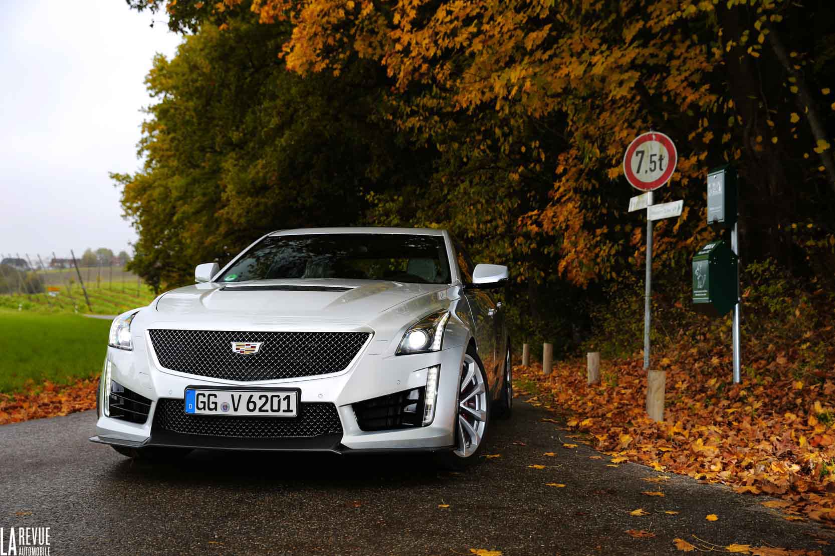 Exterieur_Cadillac-CTS-V-2015_28