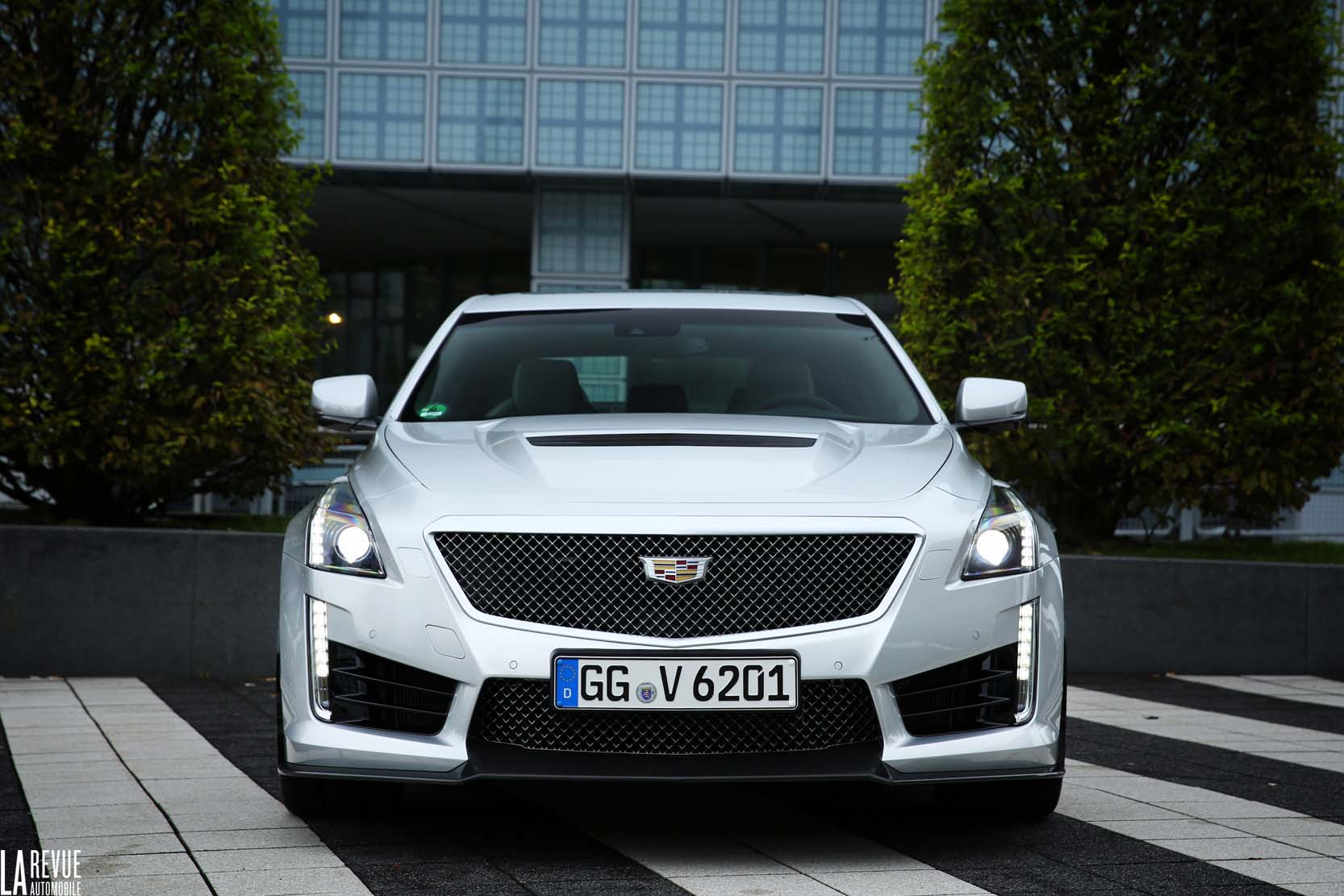Exterieur_Cadillac-CTS-V-2015_0