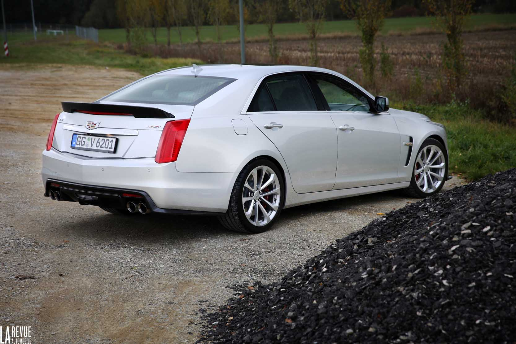 Exterieur_Cadillac-CTS-V-2015_20