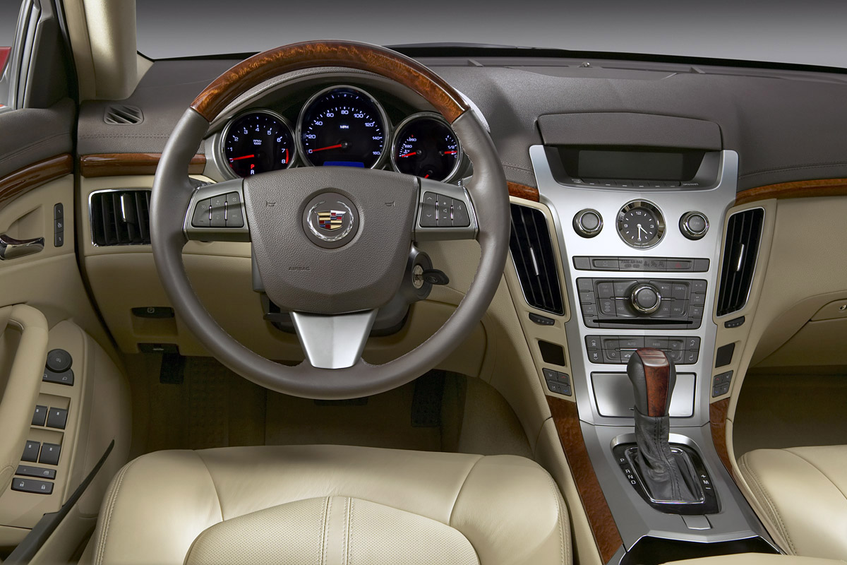 Interieur_Cadillac-CTS_10