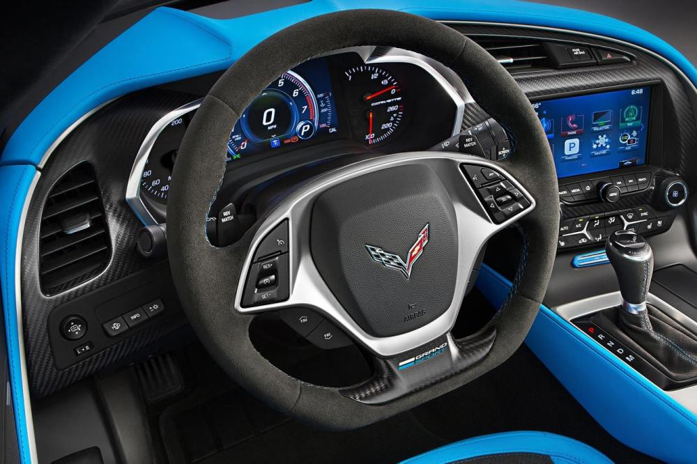 Interieur_Chevrolet-Corvette-Grand-Sport_5