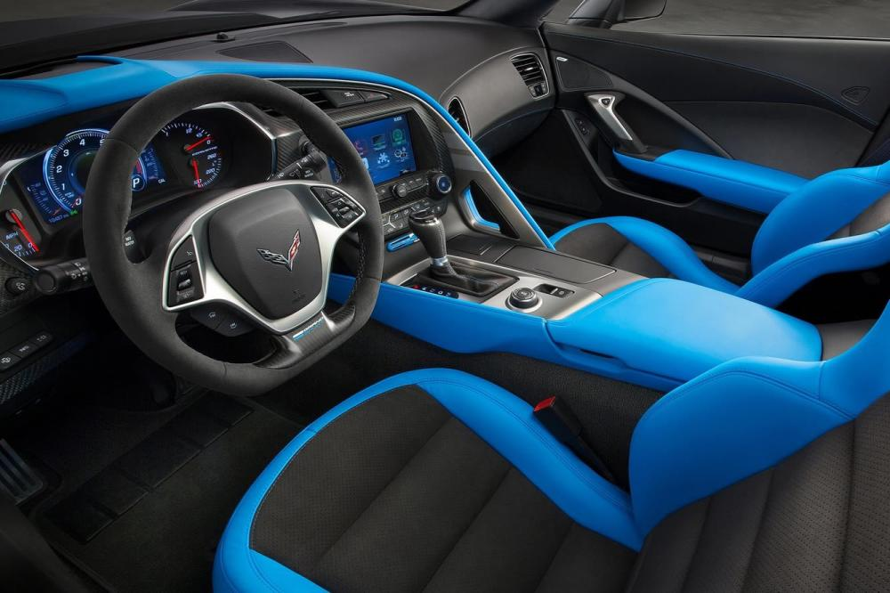 Interieur_Chevrolet-Corvette-Grand-Sport_6