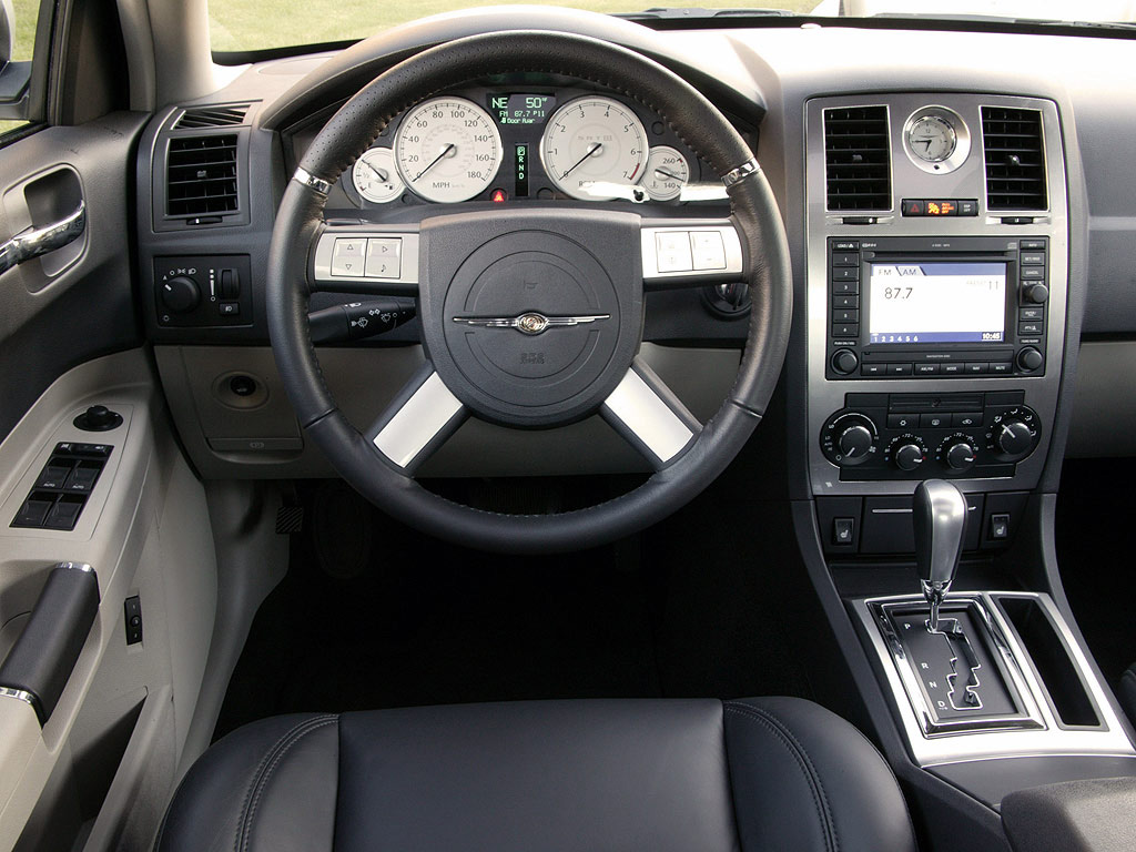 Interieur_Chrysler-300C_67