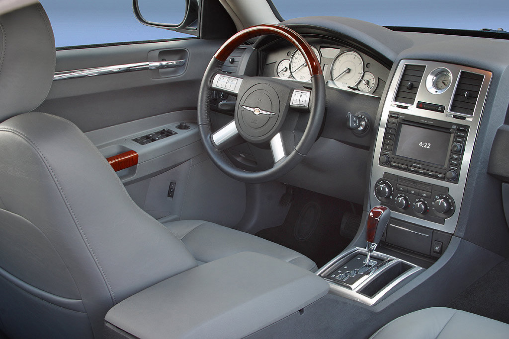 Interieur_Chrysler-300C_59