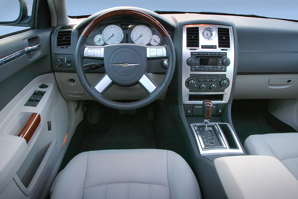 Interieur_Chrysler-300C_63
