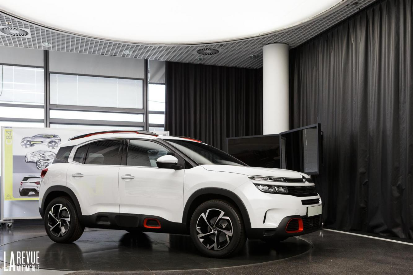 Exterieur_Citroen-C5-Air-Cross_11