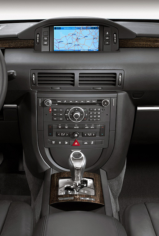 Interieur_Citroen-C6_39