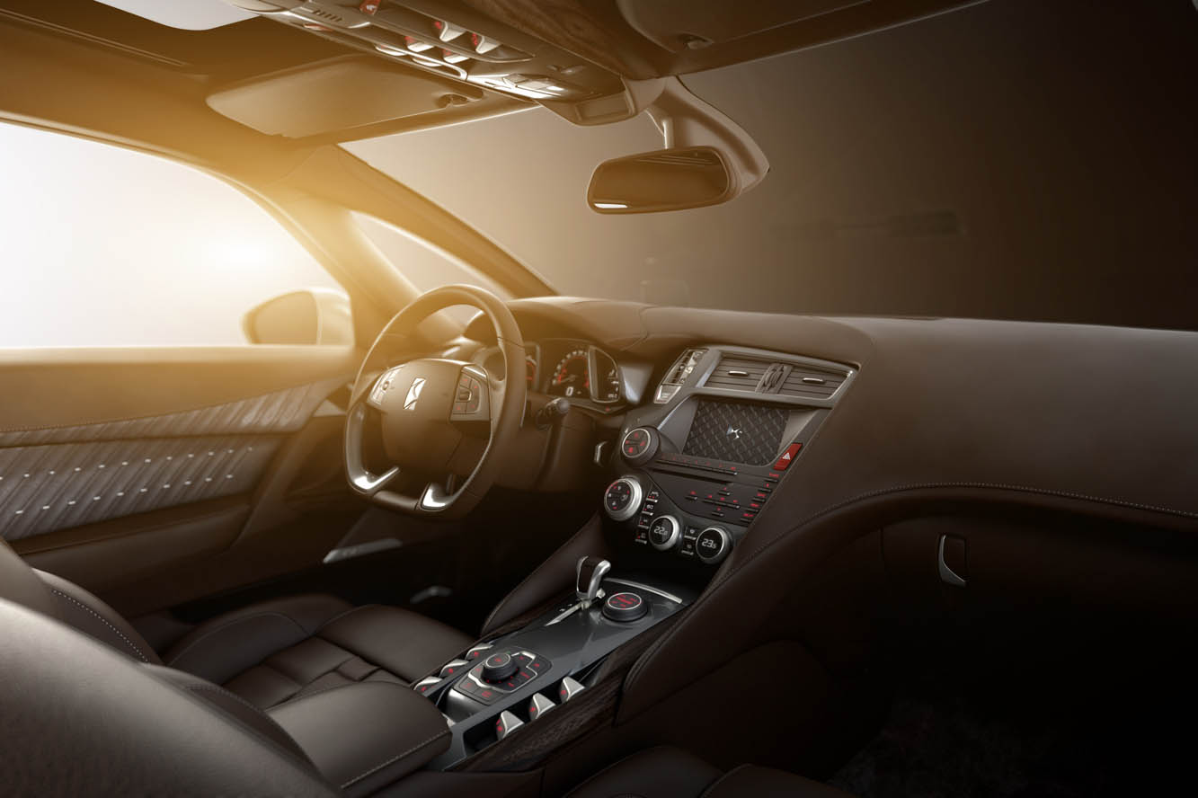 Interieur_Citroen-DS5-White-Pearl_20