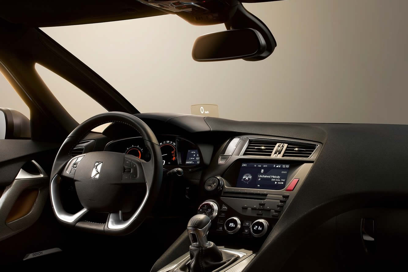 Interieur_Citroen-DS5_13
