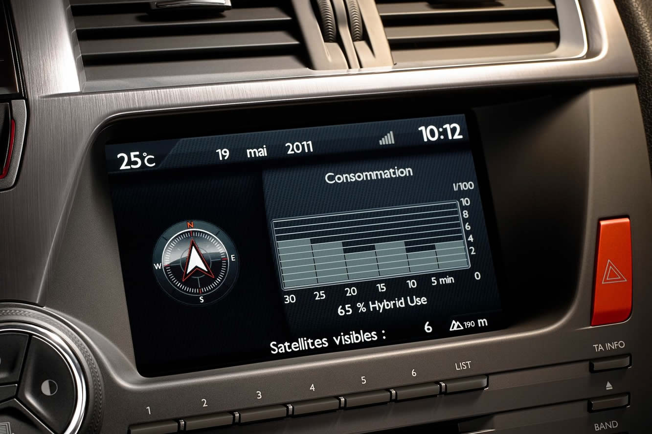 Interieur_Citroen-DS5_45