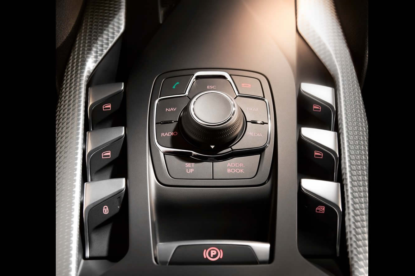 Interieur_Citroen-DS5_57