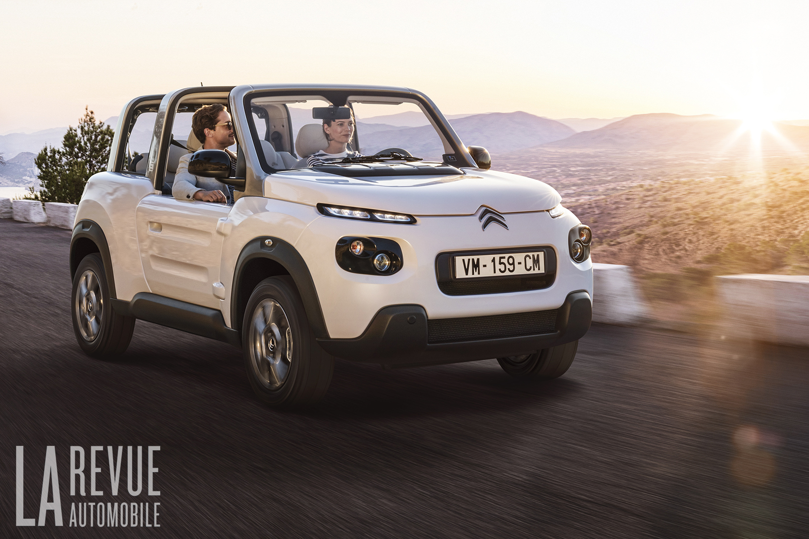 Exterieur_Citroen-e-Mehari-Hard-Top_10