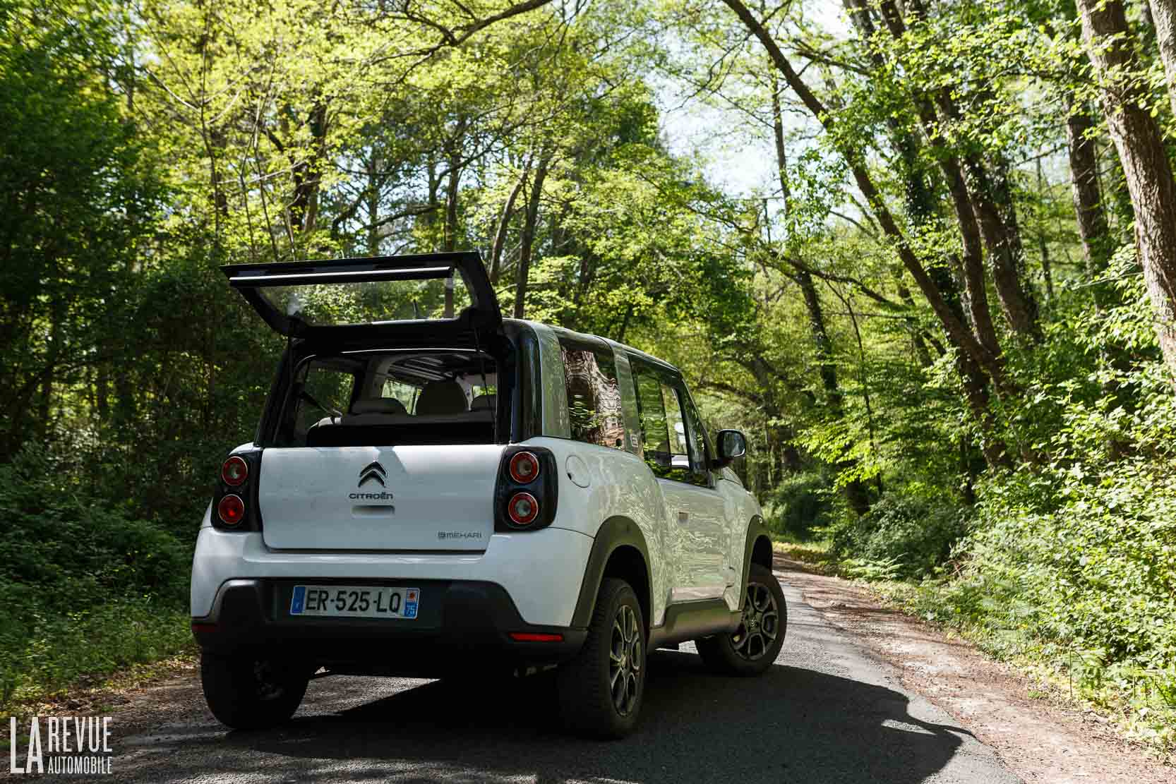 Exterieur_Citroen-e-Mehari-Hard-Top_8