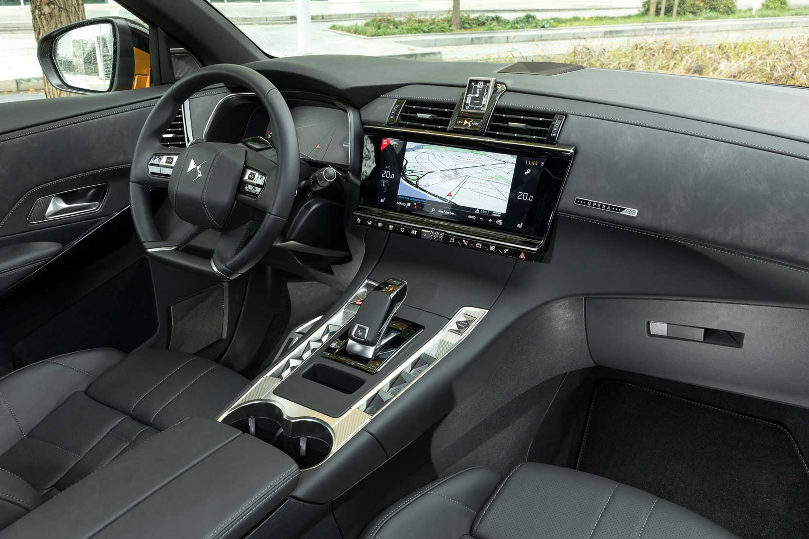 Interieur_DS-7-Crossback-Opera_23
