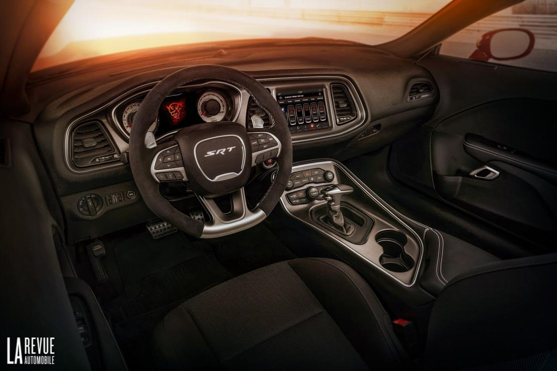 Interieur_Dodge-Challenger-SRT-Demon_61