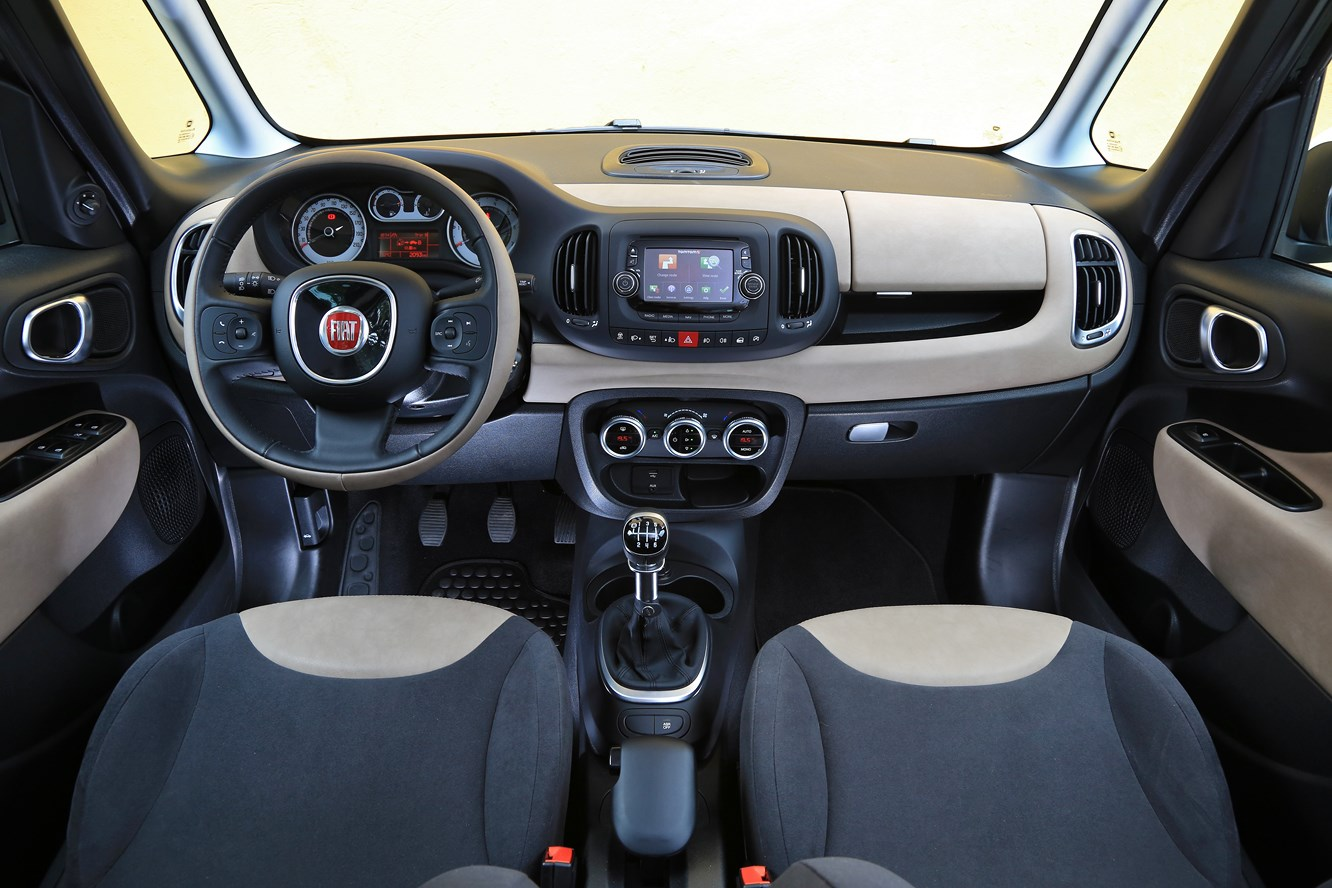 Interieur_Fiat-500L-Living_17
