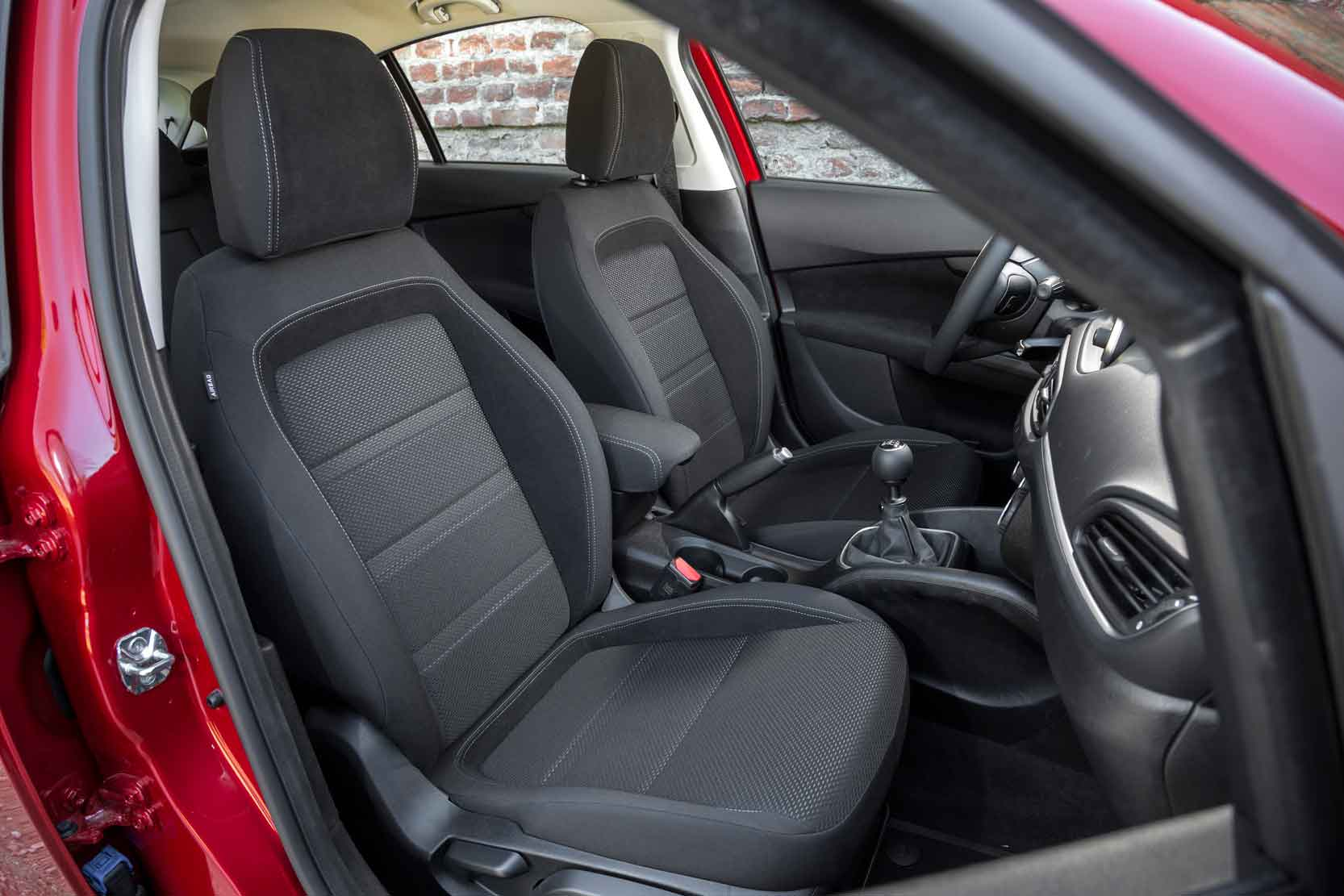 Interieur_Fiat-Tipo-Lounge_18