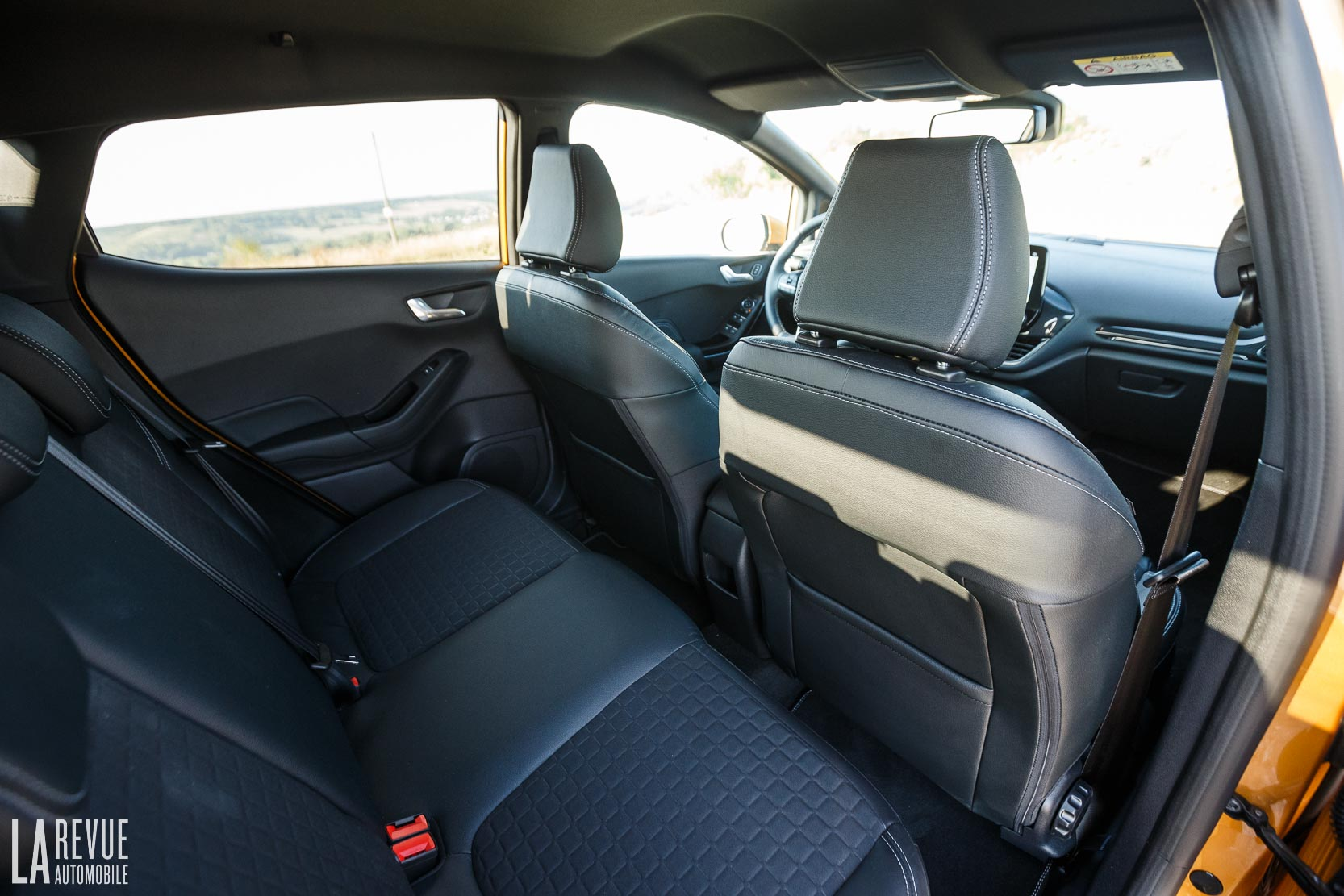 Interieur_Ford-Fiesta-Active-SUV_47