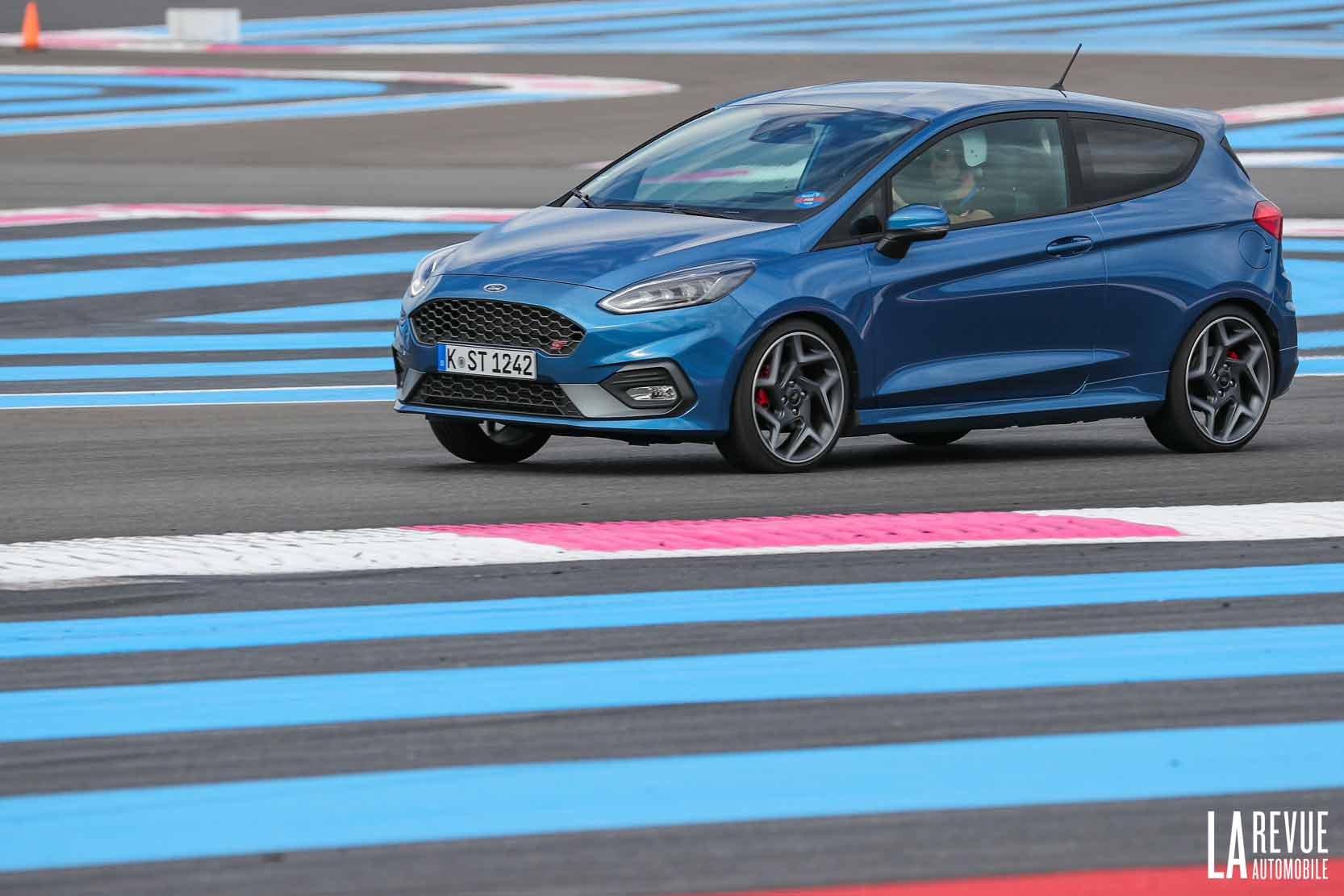 Exterieur_Ford-Fiesta-ST-1.5-Turbo_7