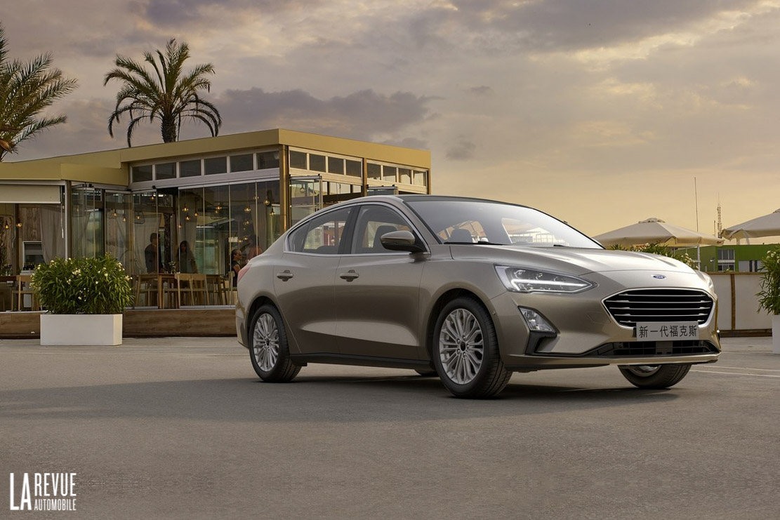 Exterieur_Ford-Focus-Berline-2018_0