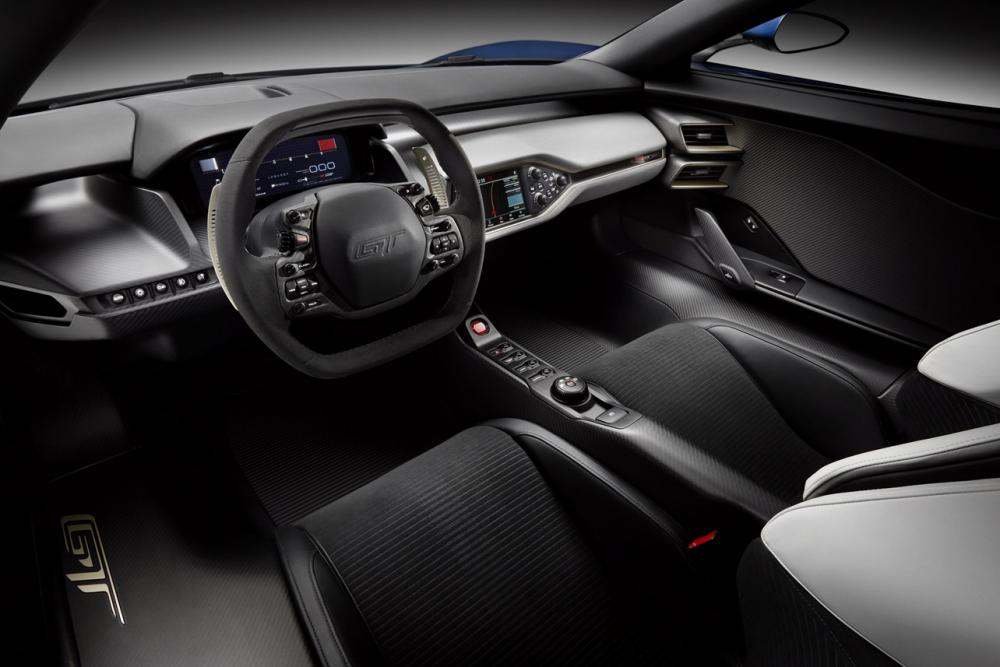 Interieur_Ford-GT-Concept-2015_14
