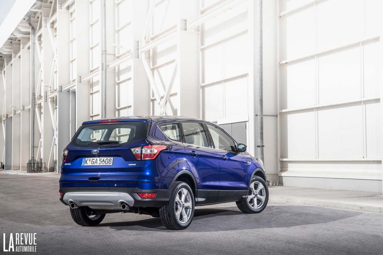 Exterieur_Ford-Kuga-2017_6