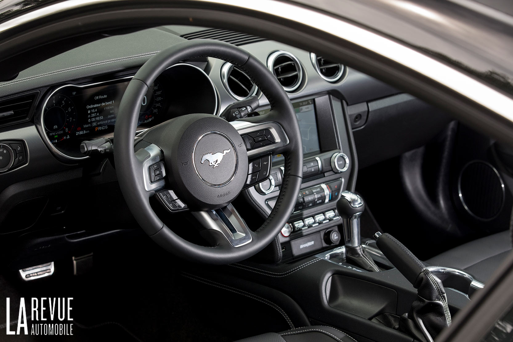 Interieur_Ford-Mustang-GT-V8-Le-Mans_19