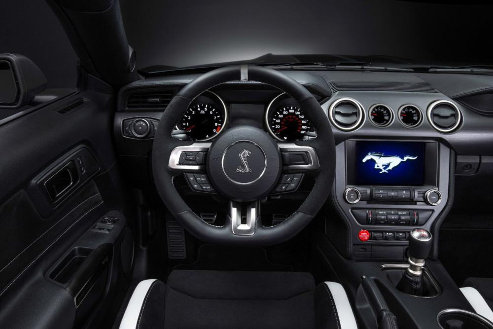 Interieur_Ford-Mustang-Shelby-GT350R_6