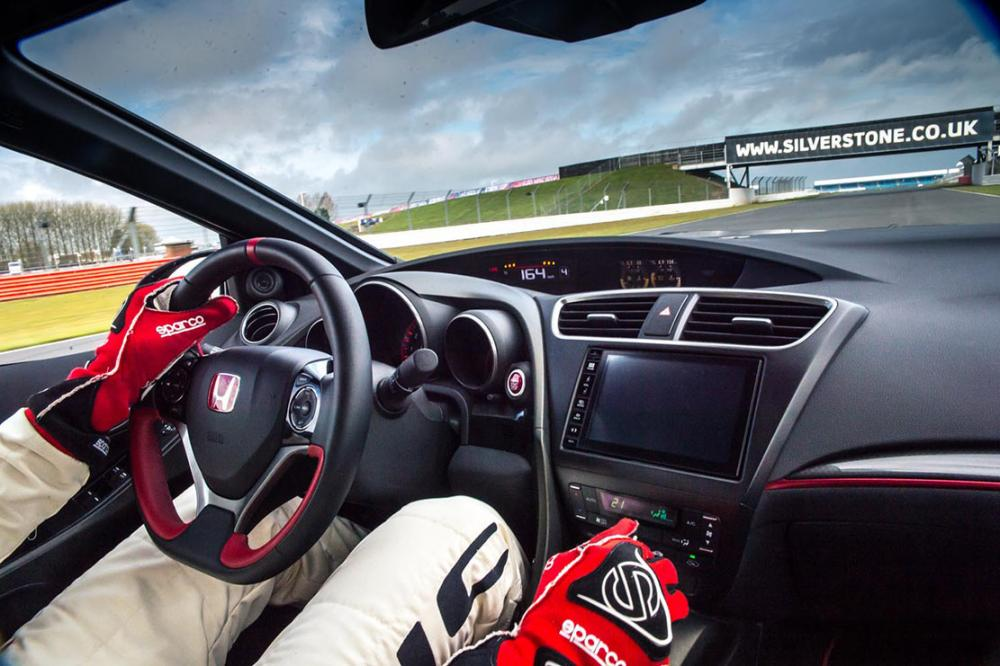 Interieur_Honda-Civic-Type-R-Records_19