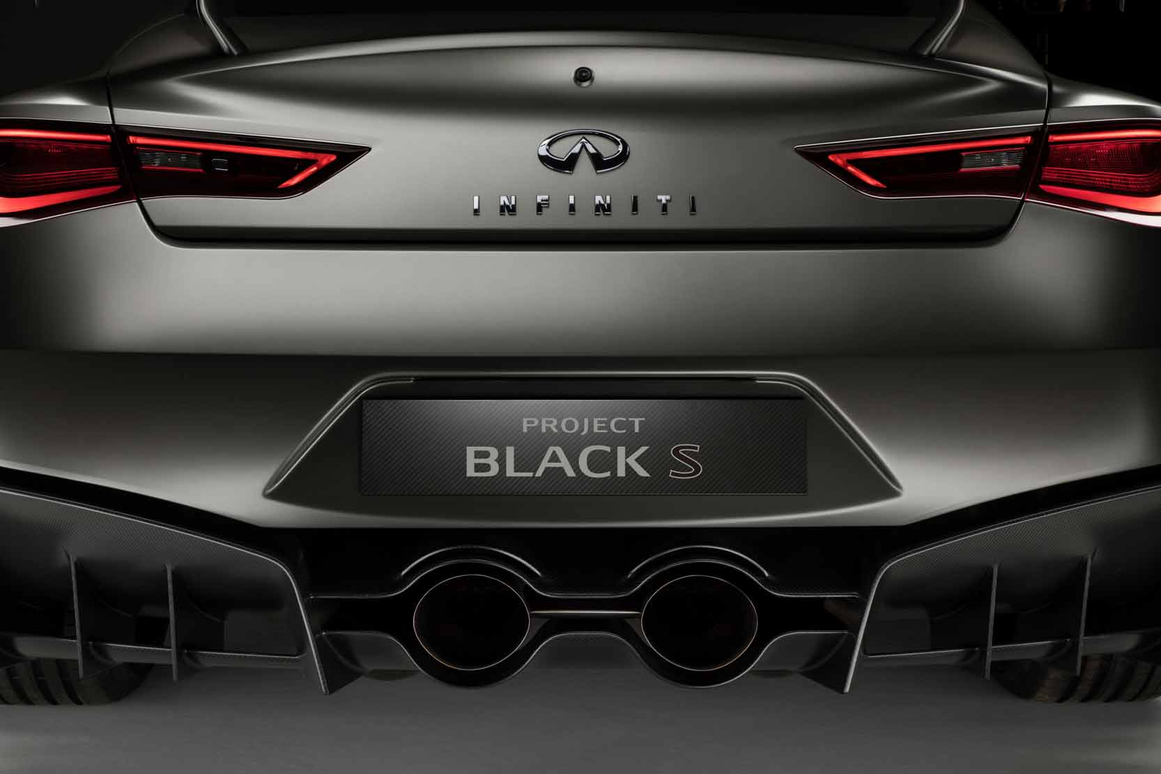 Exterieur_Infiniti-Project-Black-S_14