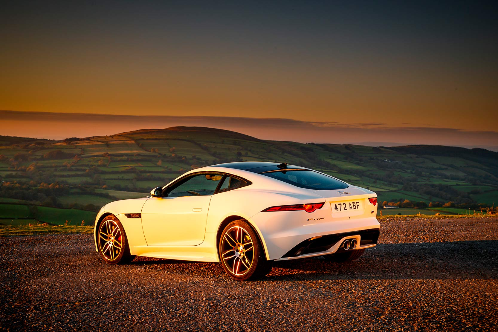 Exterieur_Jaguar-F-Type-Chequered-Flag_6