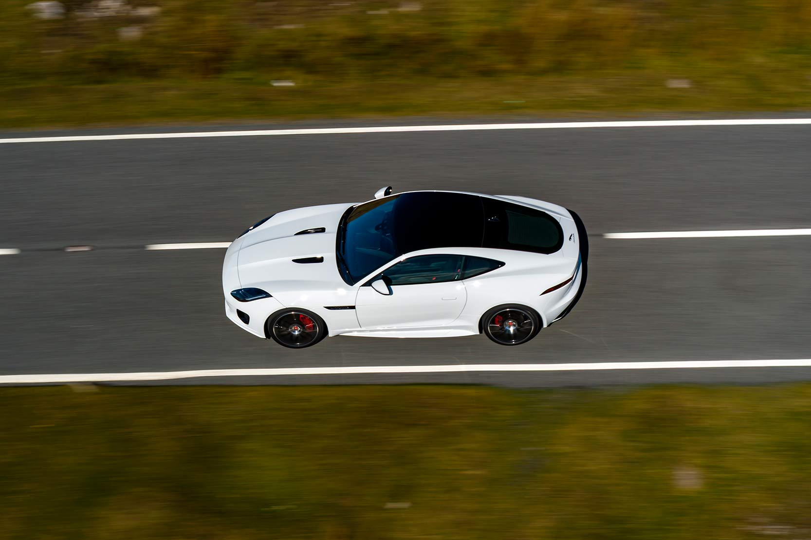 Exterieur_Jaguar-F-Type-Chequered-Flag_11