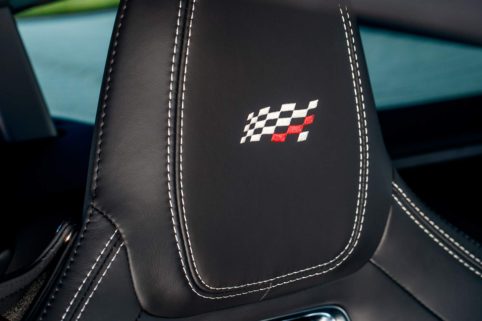 Interieur_Jaguar-F-Type-Chequered-Flag_12