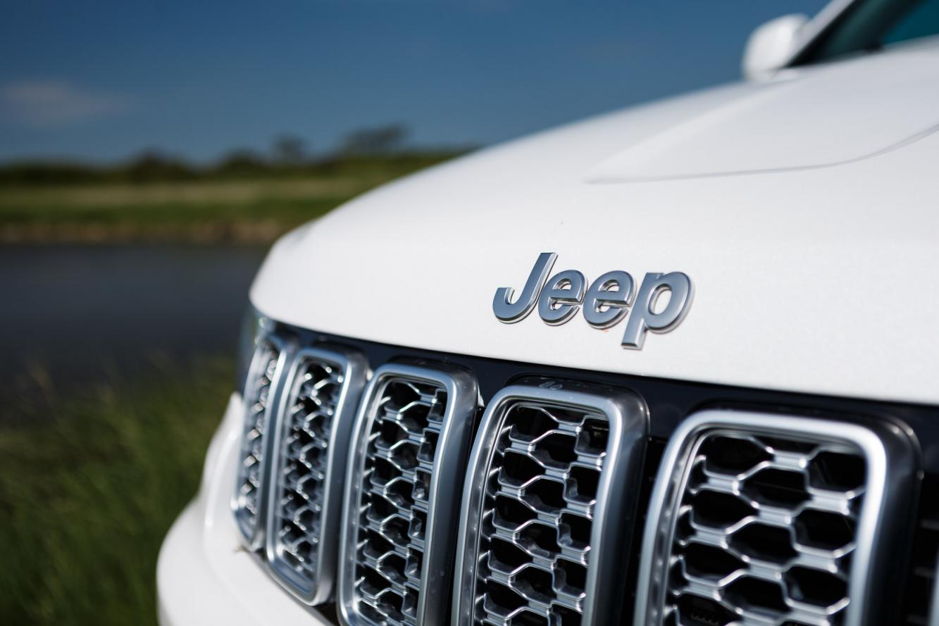 Exterieur_Jeep-Grand-Cherokee-Summit-Signature_8