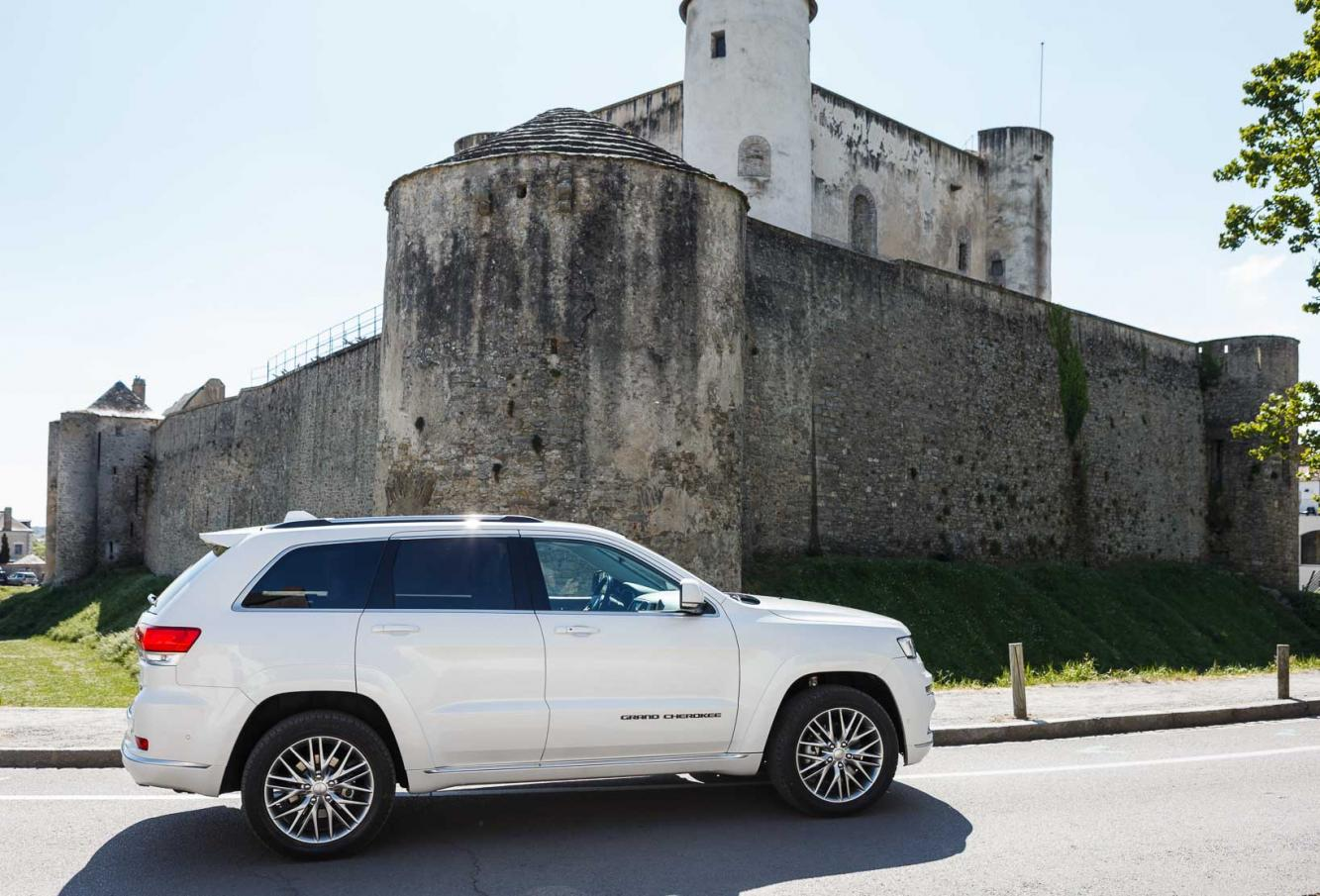 Exterieur_Jeep-Grand-Cherokee-Summit-Signature_11