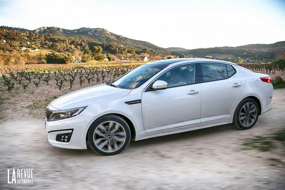Exterieur_Kia-Optima-2015_0