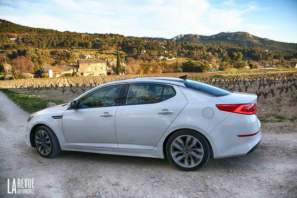 Exterieur_Kia-Optima-2015_5