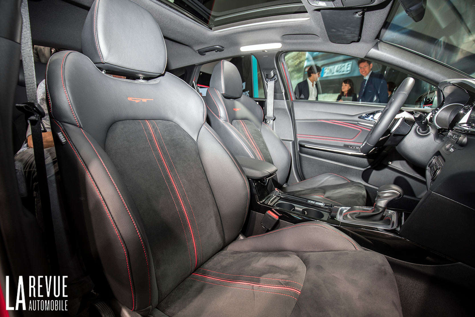 Interieur_Kia-ProCeed-Salon_8