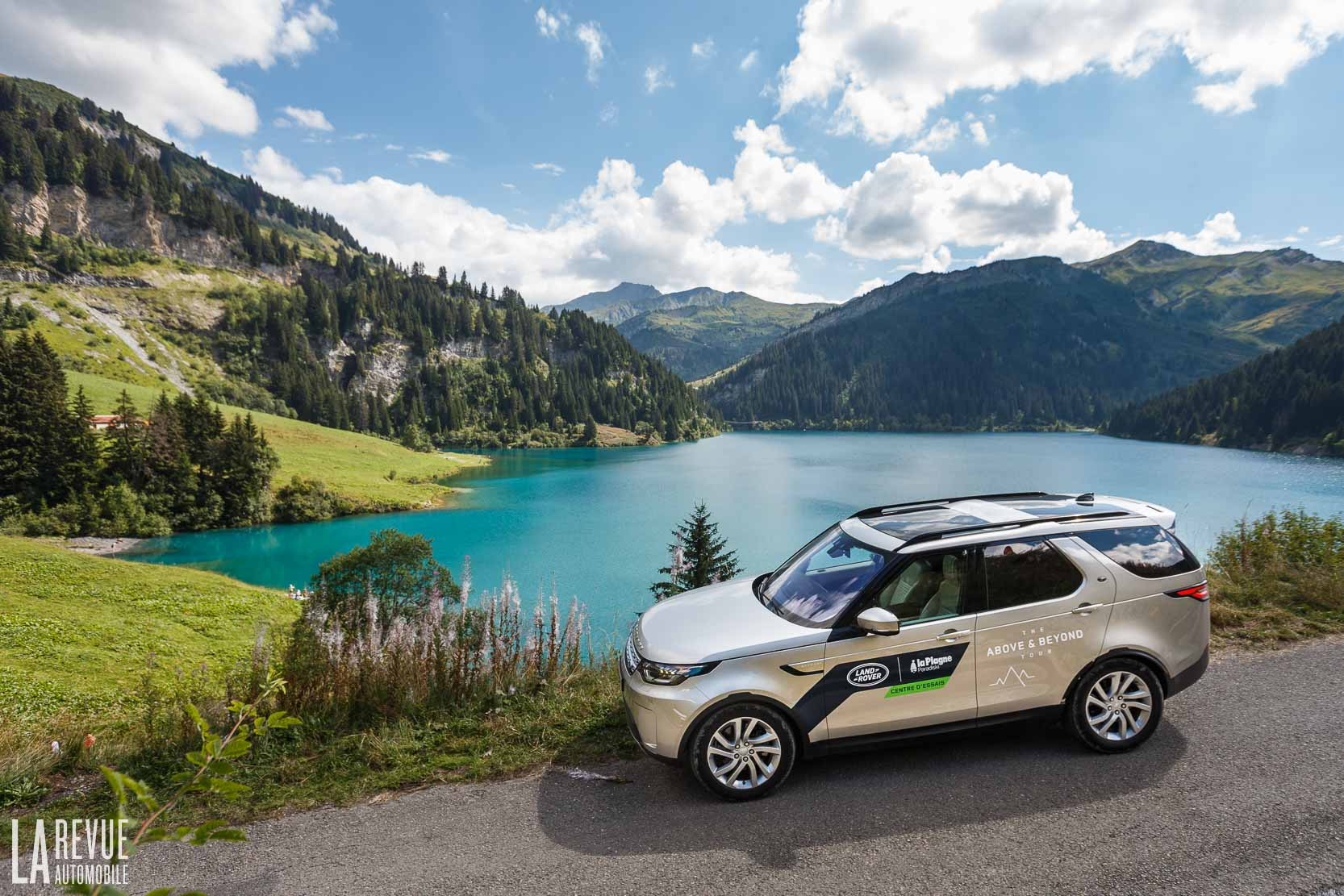 Exterieur_Land-Rover-Discovery-SD4-HSE-Luxury_36