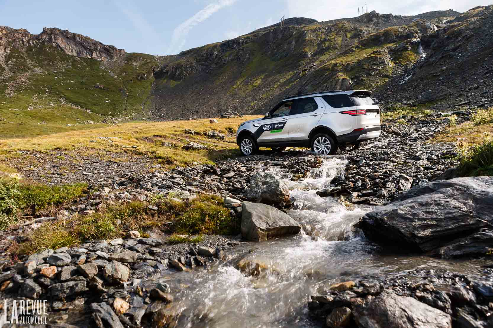 Exterieur_Land-Rover-Discovery-SD4-HSE-Luxury_0