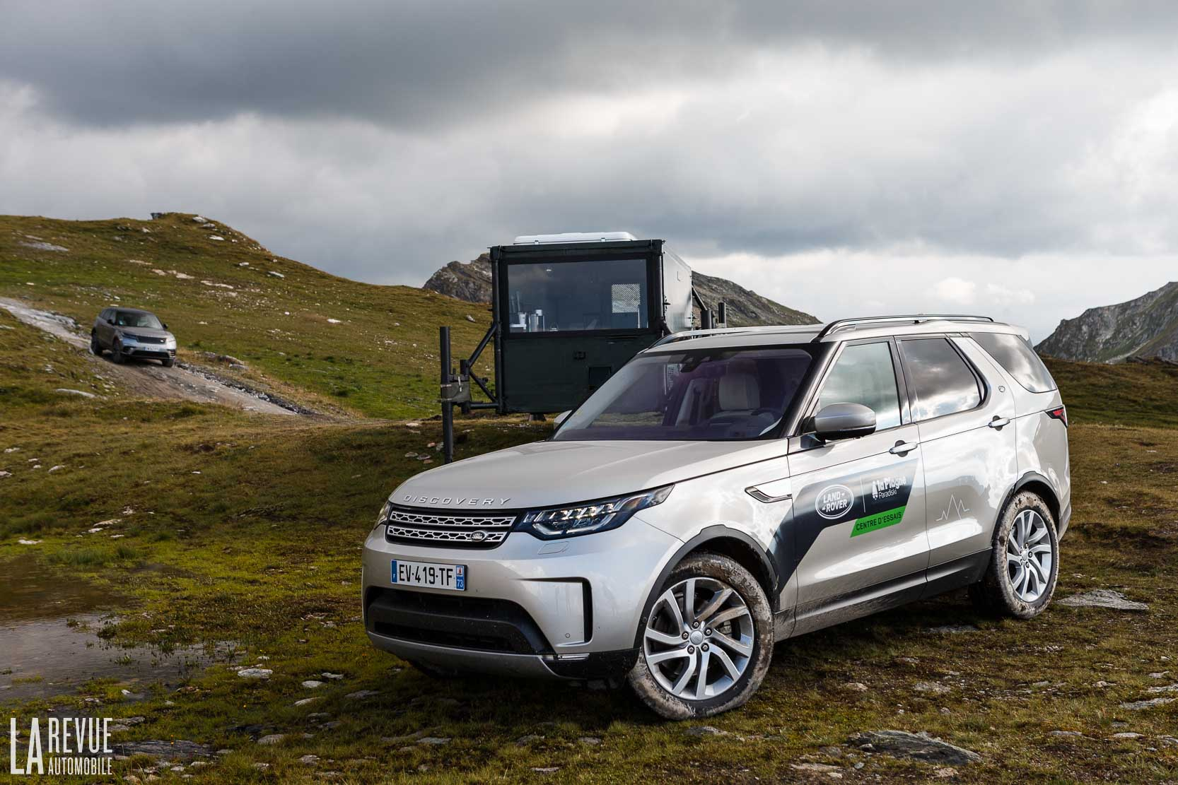 Exterieur_Land-Rover-Discovery-SD4-HSE-Luxury_41