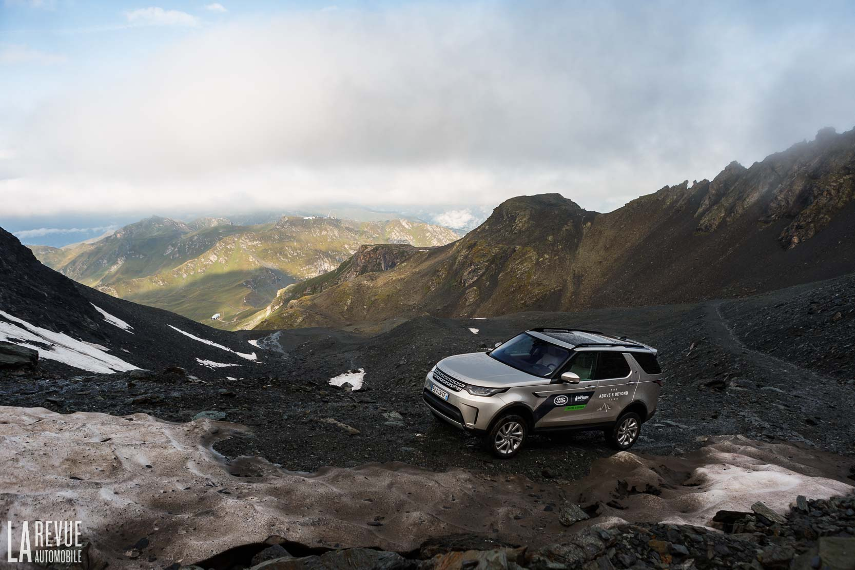 Exterieur_Land-Rover-Discovery-SD4-HSE-Luxury_23