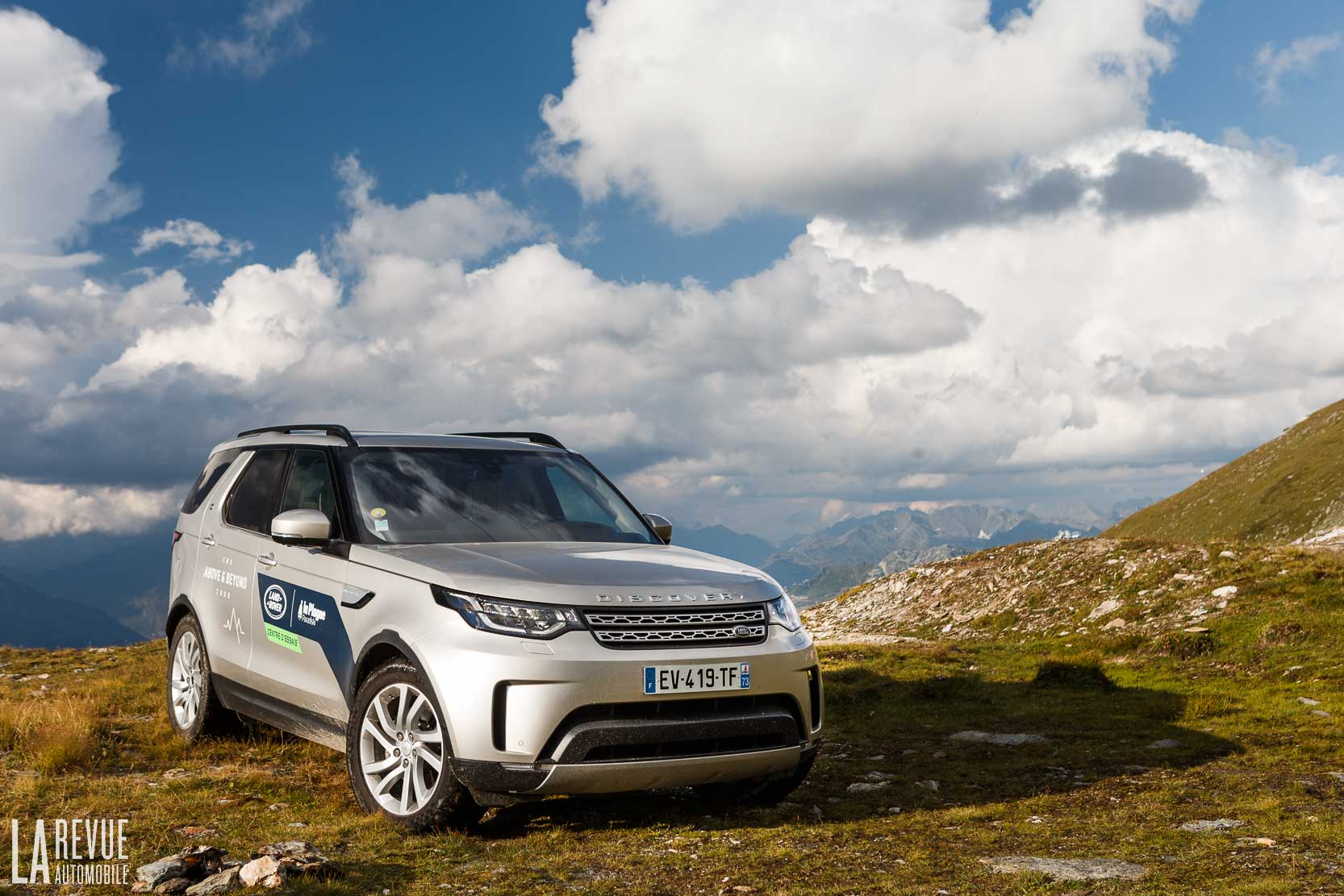 Exterieur_Land-Rover-Discovery-SD4-HSE-Luxury_11