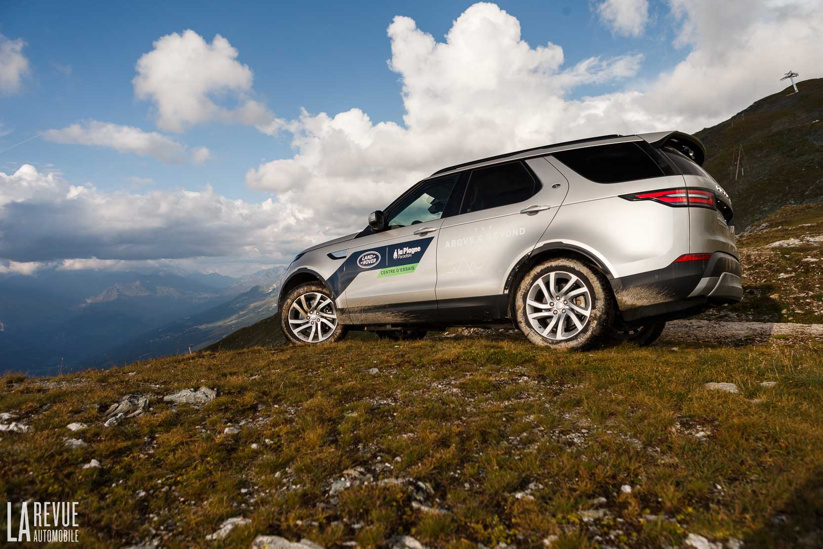 Exterieur_Land-Rover-Discovery-SD4-HSE-Luxury_20