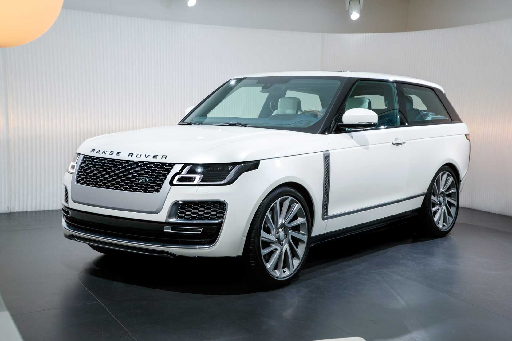 Exterieur_Land-Rover-Range-Rover-SV-Coupe_6