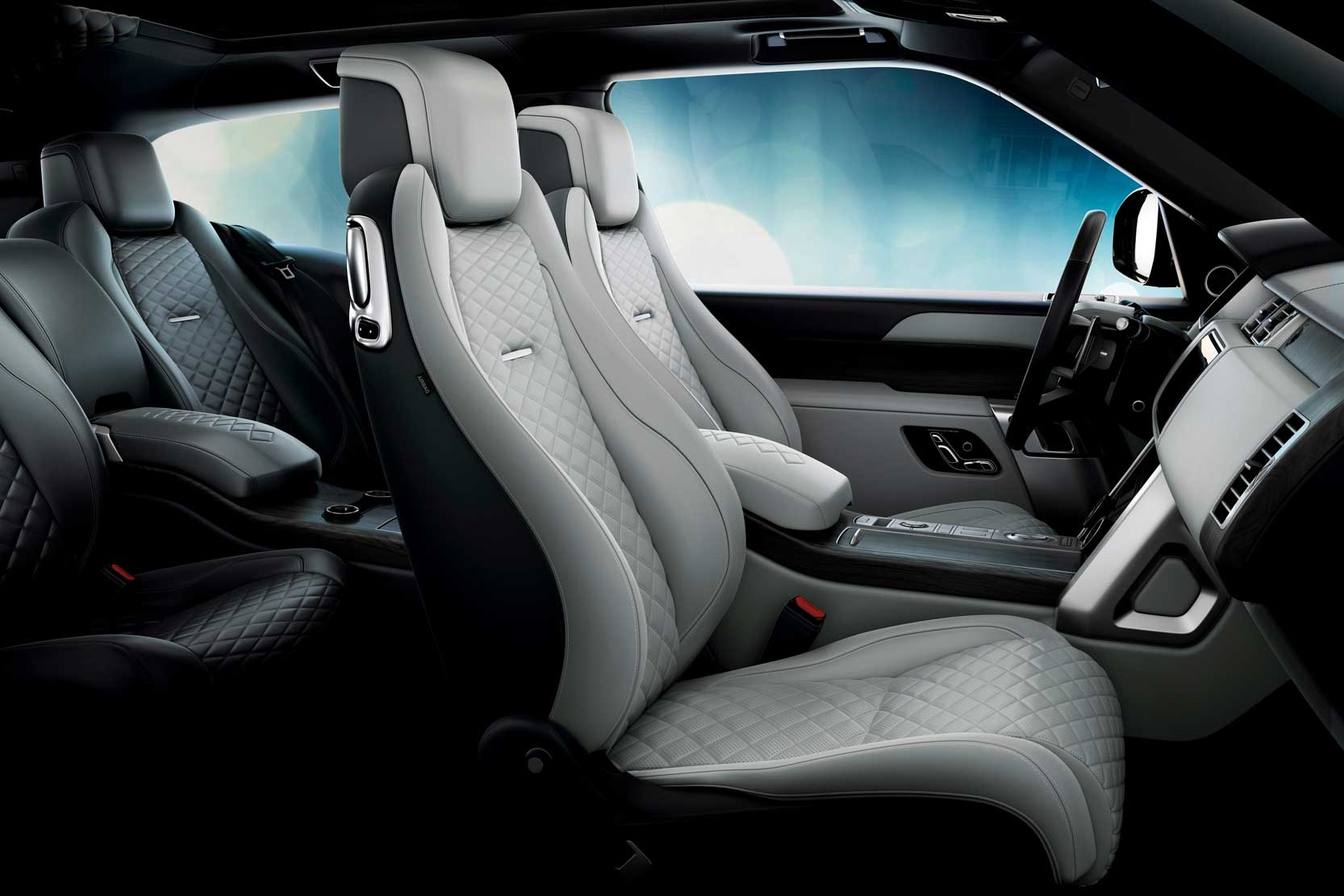 Interieur_Land-Rover-Range-Rover-SV-Coupe_11