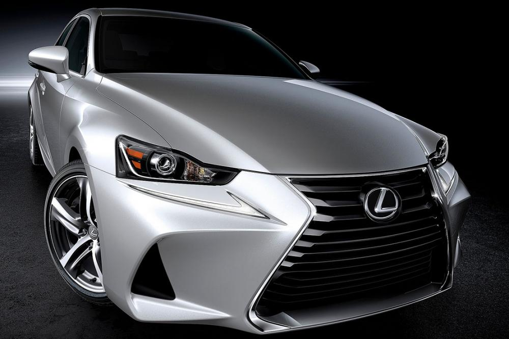 Exterieur_Lexus-IS-2016_5
