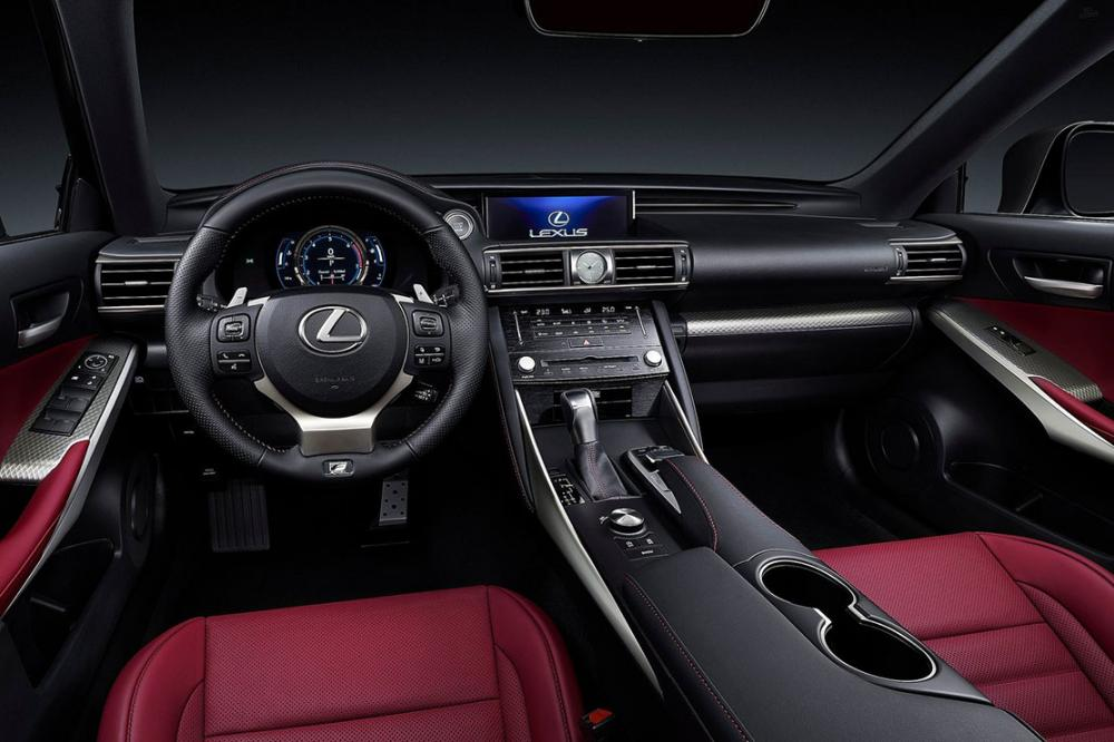 Interieur_Lexus-IS-2016_14