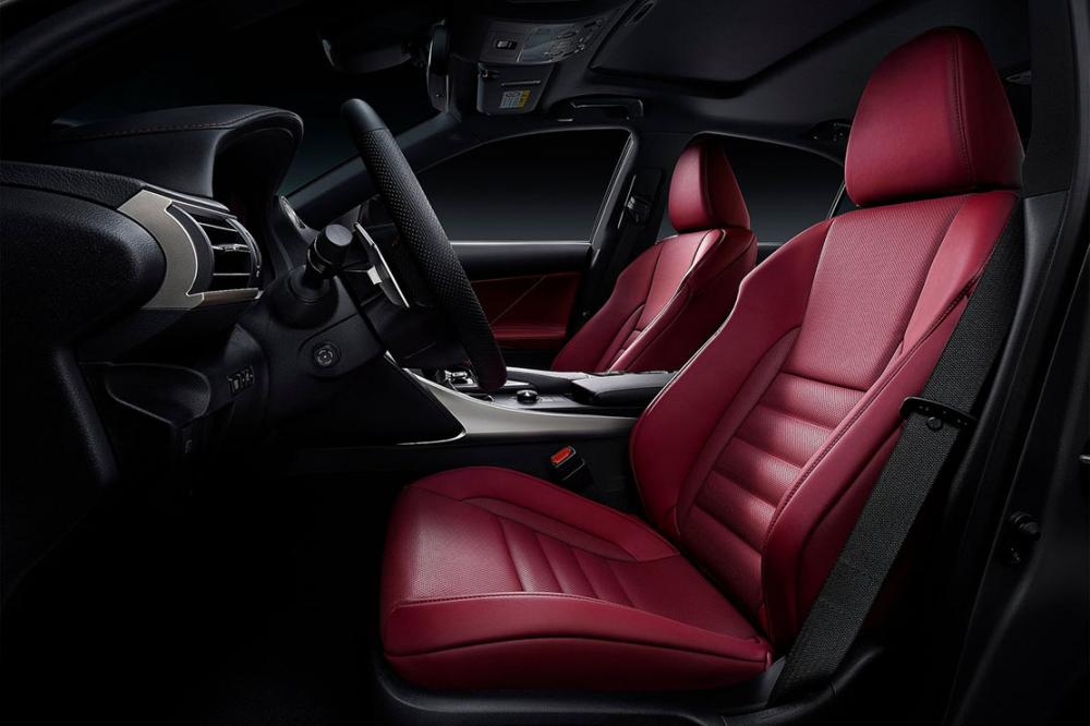 Interieur_Lexus-IS-2016_15